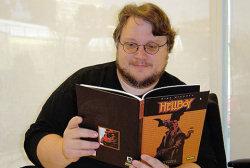 Guillermo del Toro, leyendo Hellboy